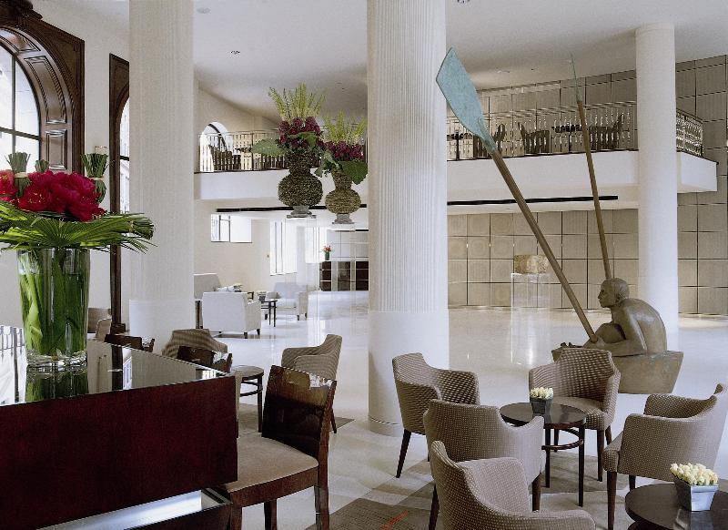 One Aldwych - Lobby