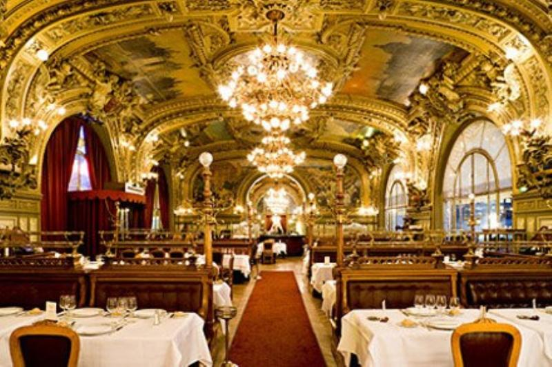Le train bleu french restaurant 12th arrondissement paris - Train salon de provence ...