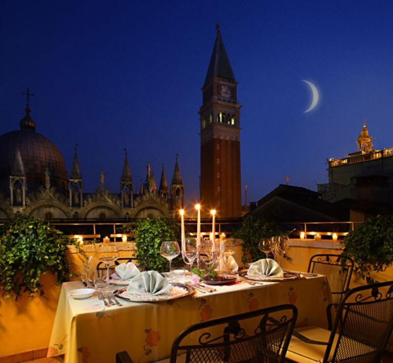 La Piazzetta Venice