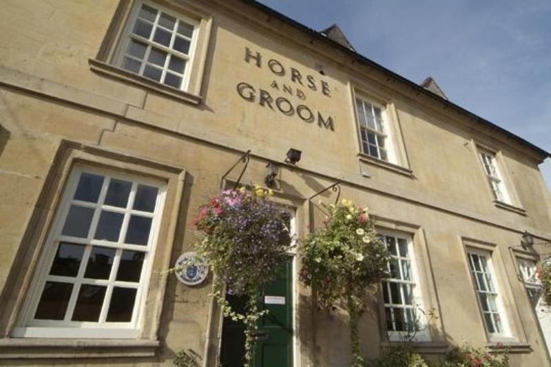 Horse and Groom at Bourton on the Hill