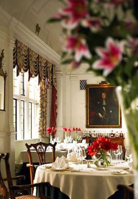 Marriott Hanbury Manor, Zodiac Restaurant