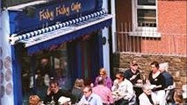 Fishy Fishy Caf�