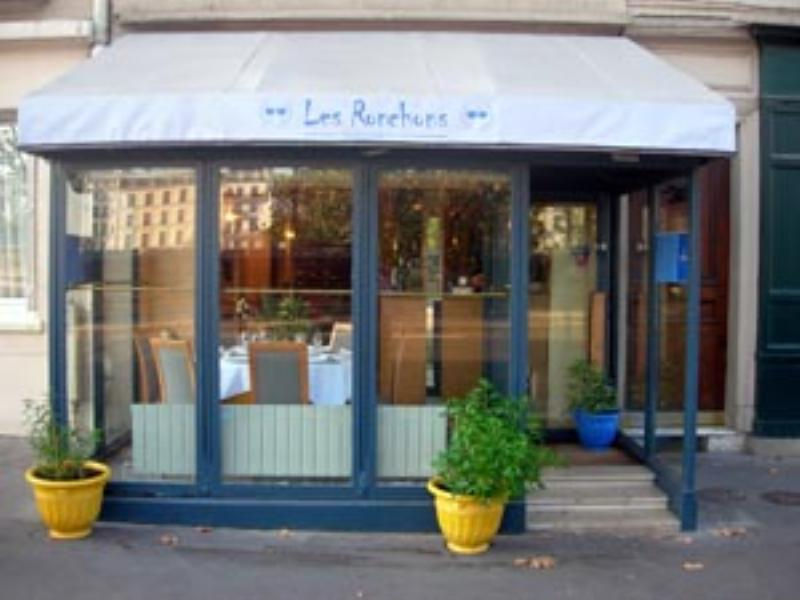 Les Ronchons, Paris, France.