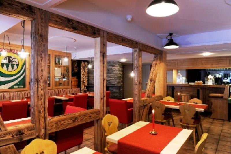 Restaurant Schützen, Lauterbrunnen, Kanton Bern, Berner Oberland, Fuhren