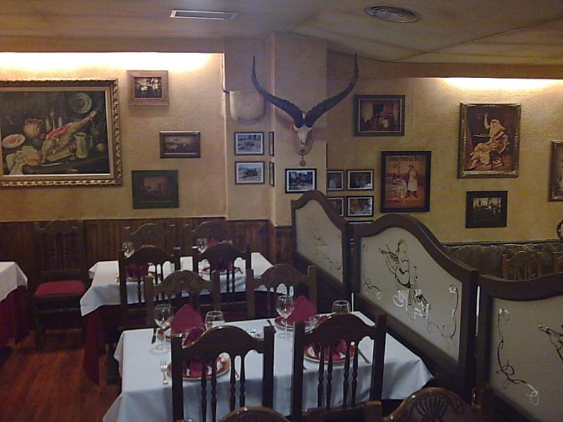 Interior, El Jamón y el Churrasco, Madrid, Spain