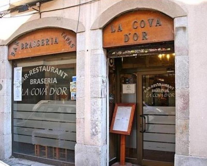 Exterior, La Cova D'Or, Barcelona, Espa�a