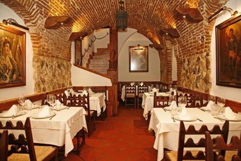 Interior, Las Cuevas de Luis Candelas, Madrid, Espa�a