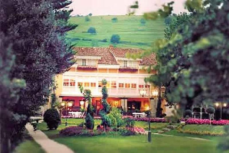 Exterior, Lino�s de la Real Labranza, Cantabria, Spain