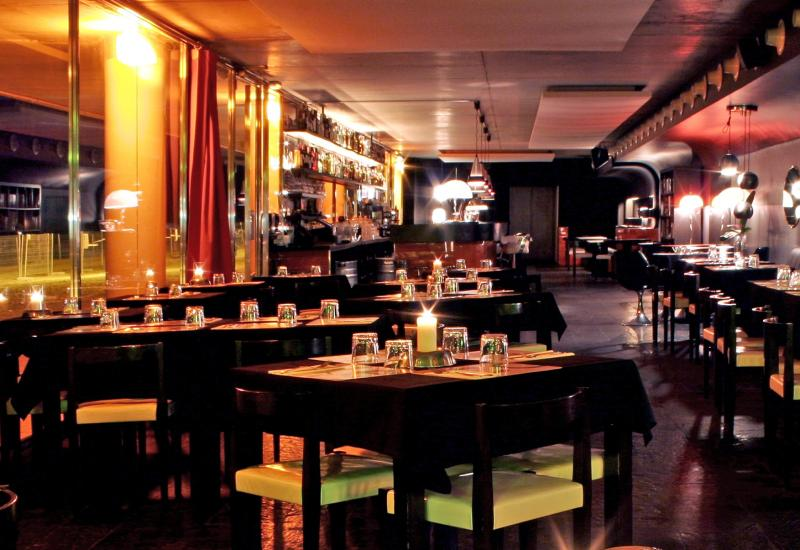 Interior, Sal Cafe, Passeig Marítim de la Barceloneta, Barcelona