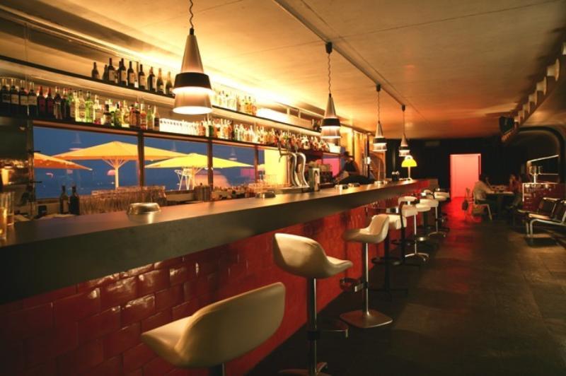 Bar, Sal Cafe, Passeig Marítim de la Barceloneta, Barcelona