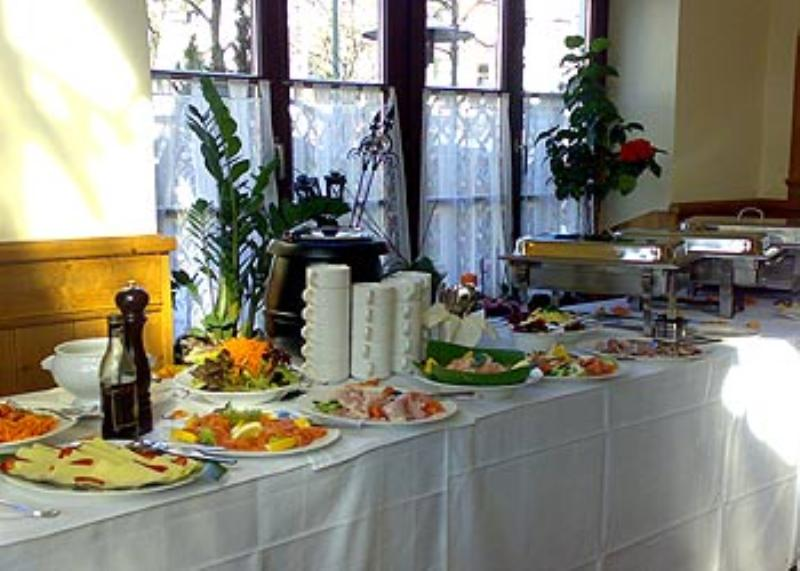 Buffet, Augustiner am Dante