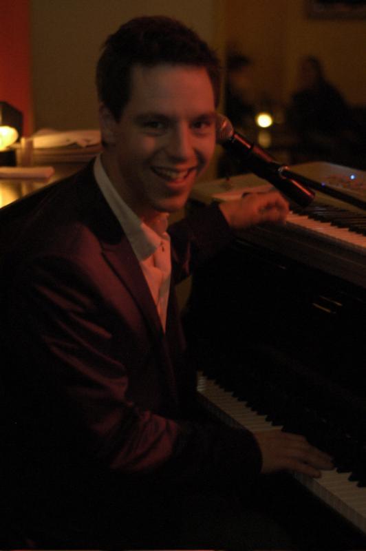 Pianist des Restaurant Pianist of the restaurant