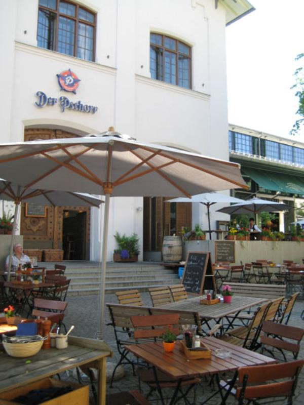 Beergarden, Restaurant Der Pschorr in Munich