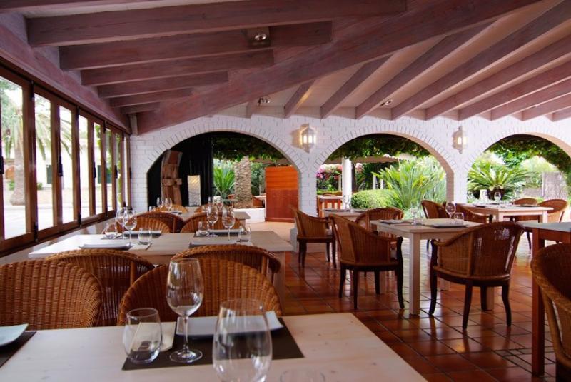 bistro del jardin mediterranean restaurant alcudia ForBistro Del Jardin Mallorca