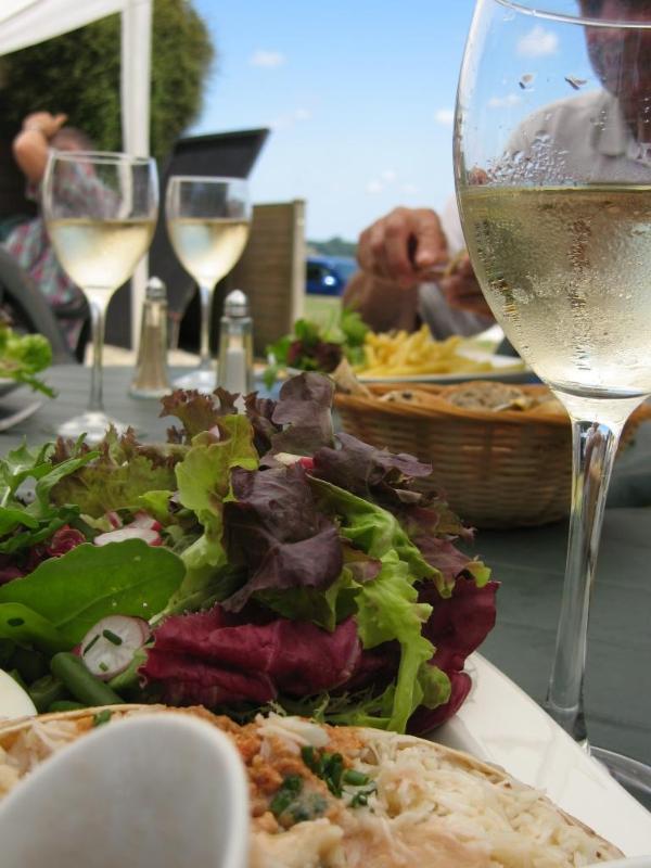 Al Fresco dining in Kent at Froggies