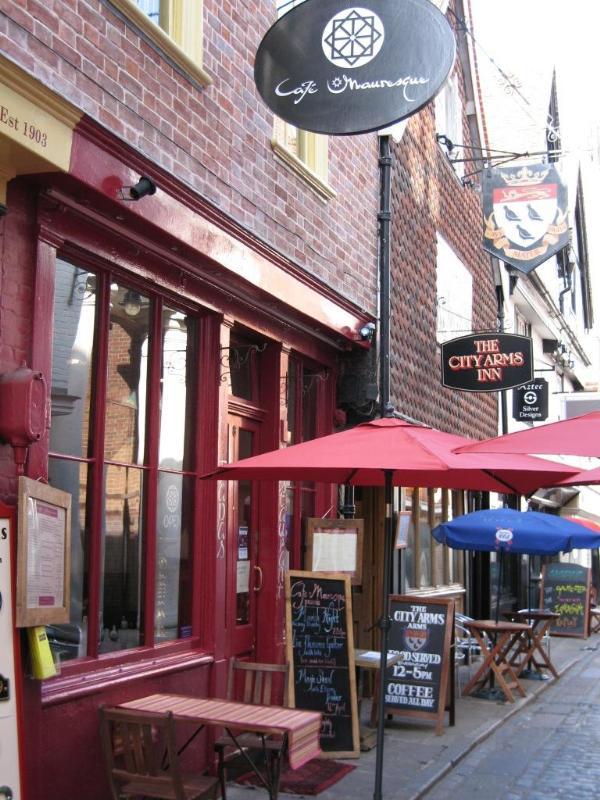 Caf� Mauresque - Canterbury
