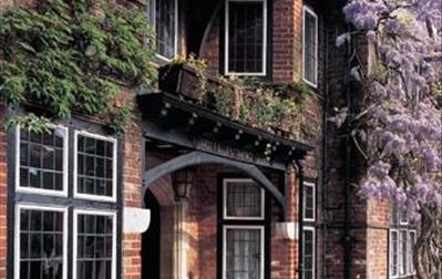 Montagu Arms Hotel, Terrace Restaurant