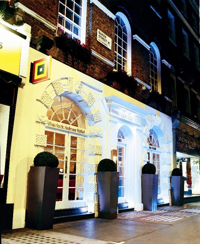 Sherlock Holmes Hotel at Night