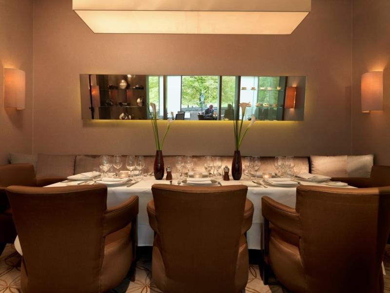Park Terrace Restaurant, Royal Garden Hotel