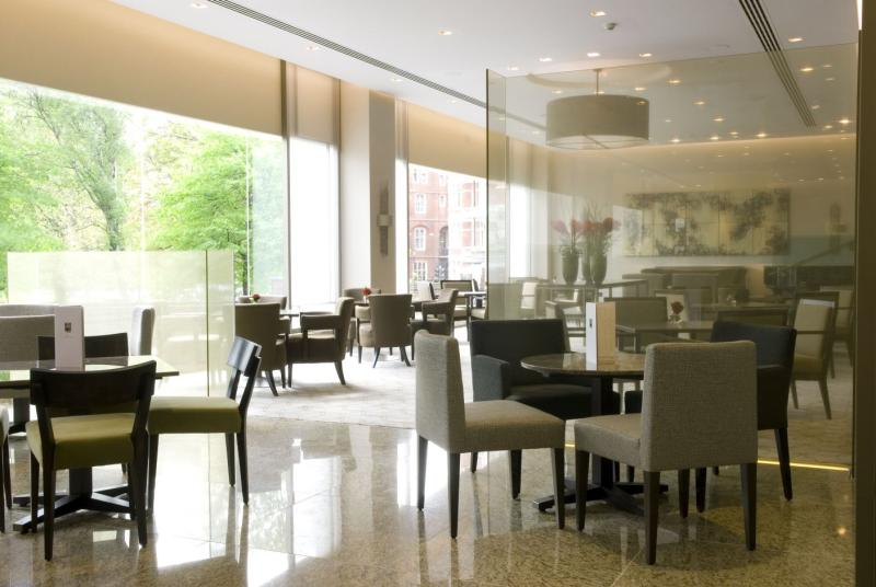 Park terrace royal garden hotel modern european for Terrace hotel restaurant