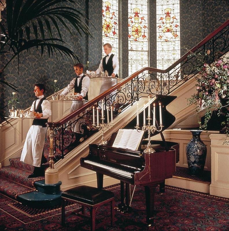 The Balmoral Hotel - Lobby