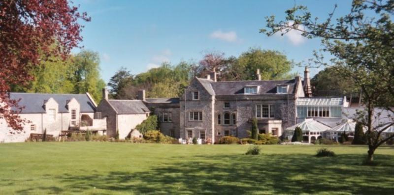 Charlton House Hote