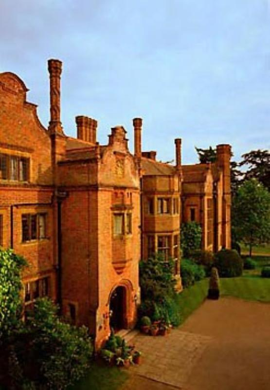 Marriott Hanbury Manor