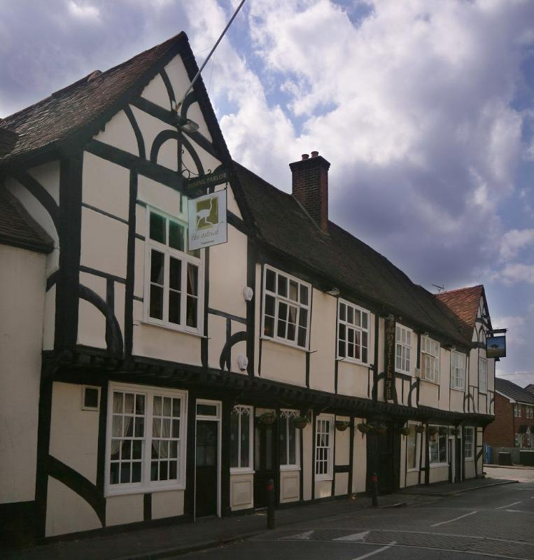 The Ostrich Inn - Colnbrook