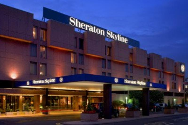 Sheraton Skyline Hotel, Bytes Restaurant