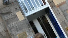 Howies Restaurant