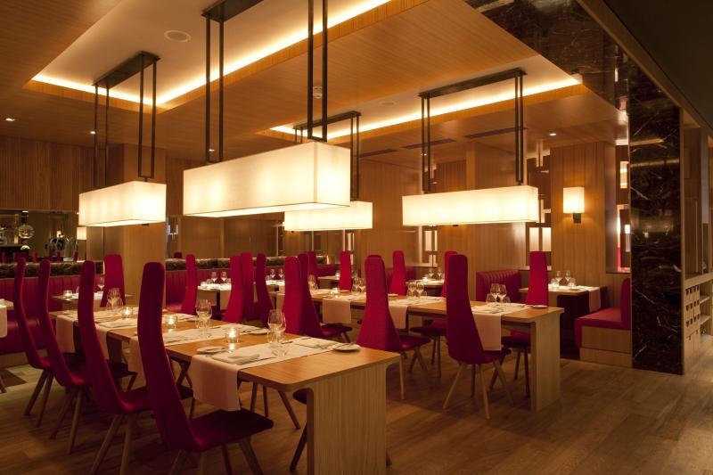 The Restaurant - Fitzwilliam Hotel Belfast