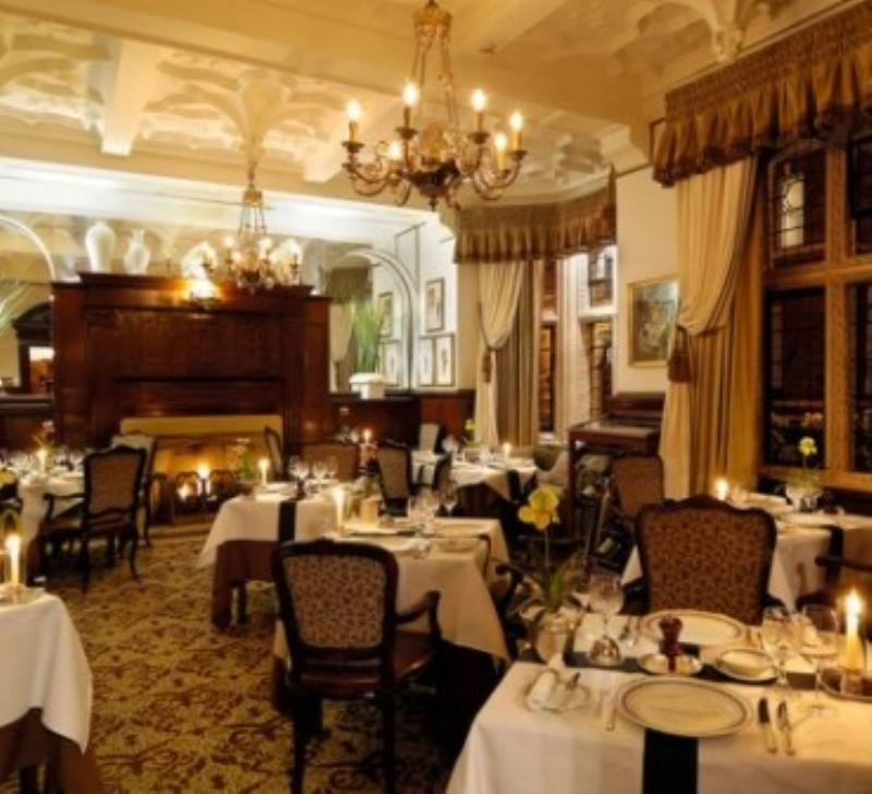 The Milestone Hotel, Cheneston's Restaurant