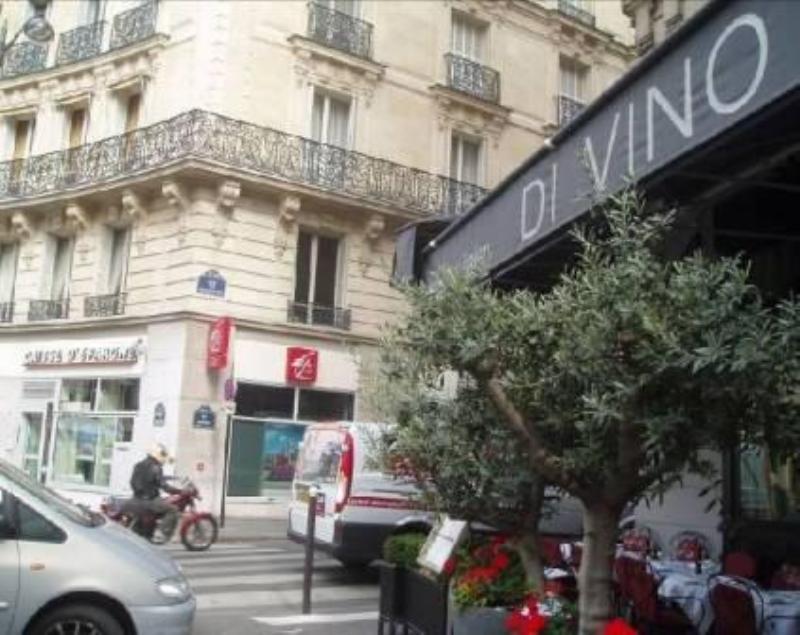 Exterior, Di Vino, Paris, France.
