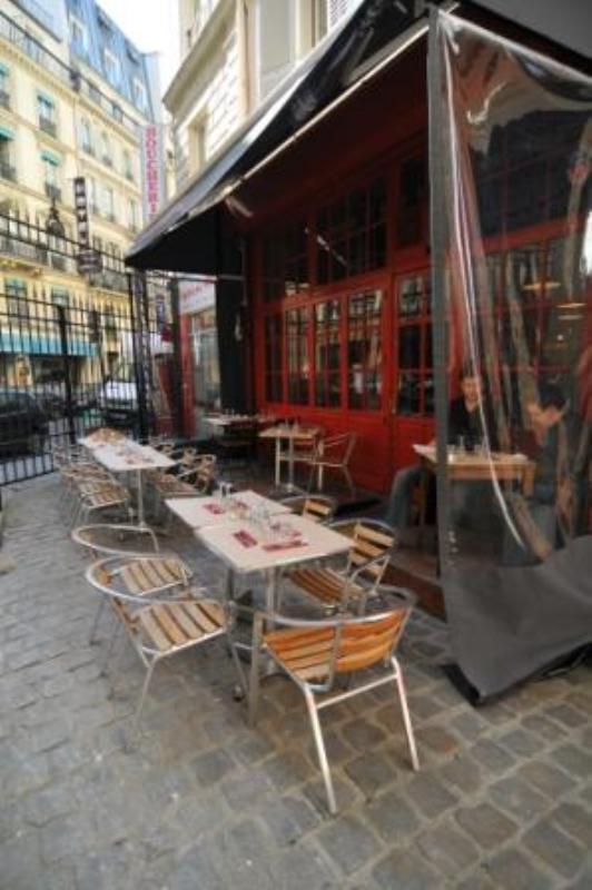 Les Fils à Maman, Paris, France.
