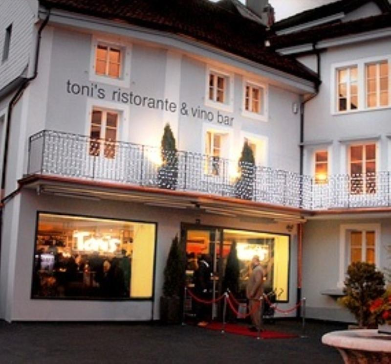 Toni's Vino Bar, Biel