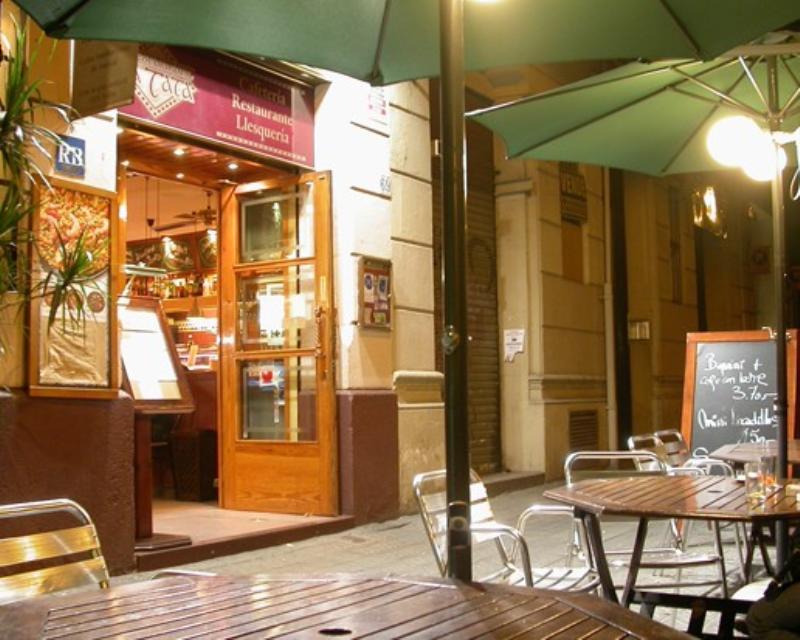 Exterior, La Tata, Barcelona, España
