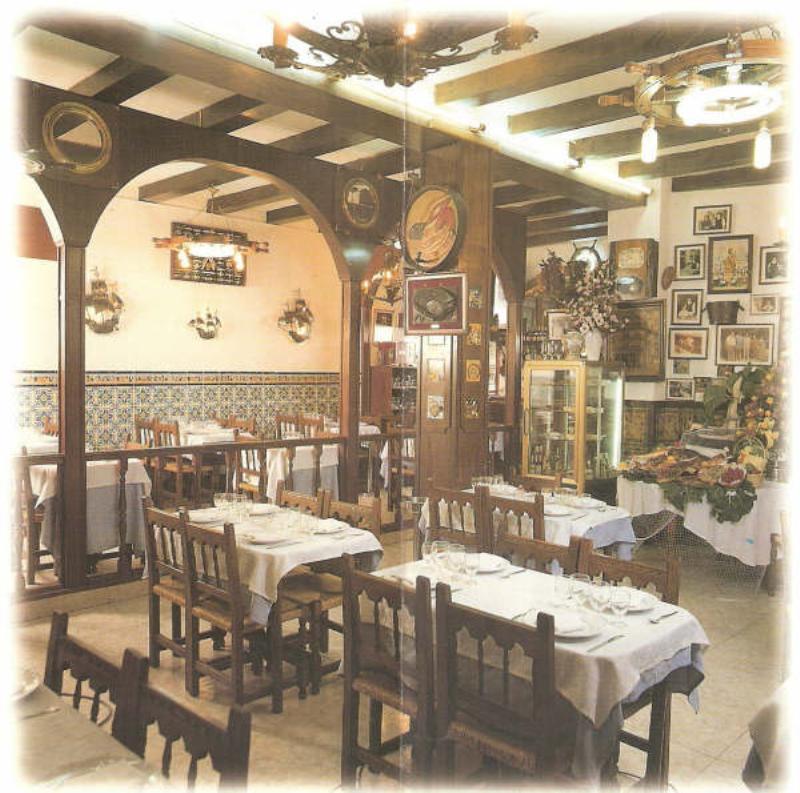 Mesas, Restaurante Paco Alcalde, Almirall Aixada, Barcelona