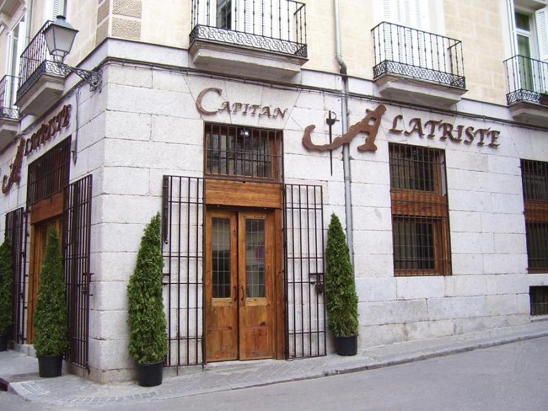 Exterior, La Taberna del Capitán Alatriste, Madrid, España