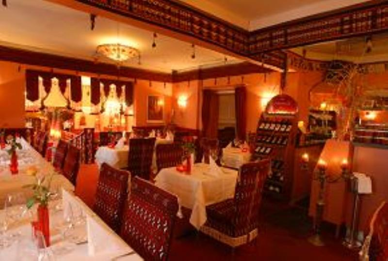 Dining area, Restaurant Chopan, Munich