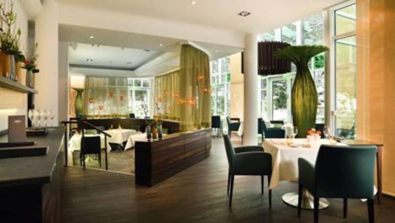 Gourmetrestaurant Lerbach, Schloßhotel Lerbach, Schlosshotel Lerbach, Bergisch Gladbach, Köln
