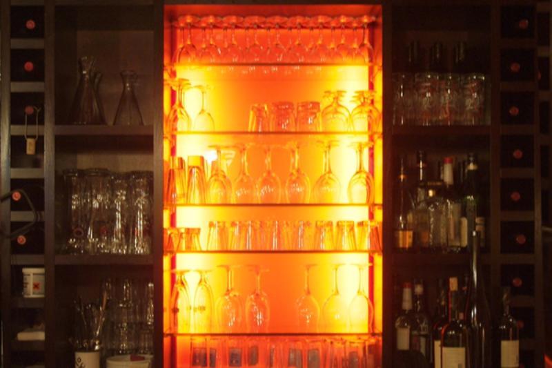 Die Theke in Hasir. The bar in Hasir.