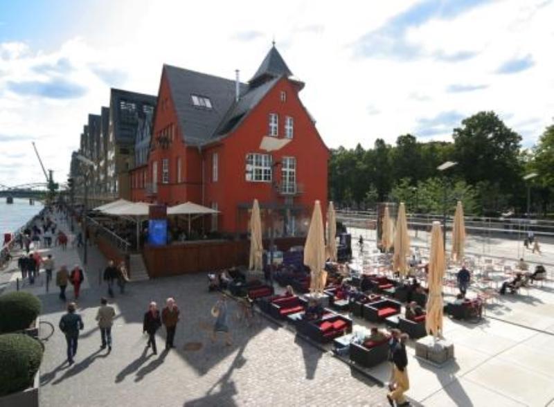Outside View, Limani, Cologne