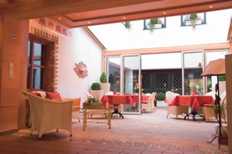 Restaurant im Romantik Hotel Augsburger Hof, Augsbrug, Auf dem Kreuz