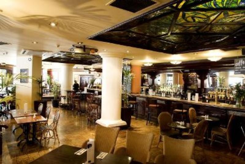 henry s bar