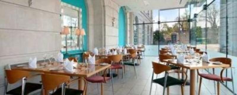 Razzi Restaurant, Hilton Cardiff
