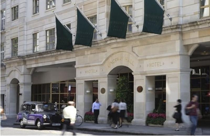 Kingsway Hall Hotel, Harlequin Restaurant