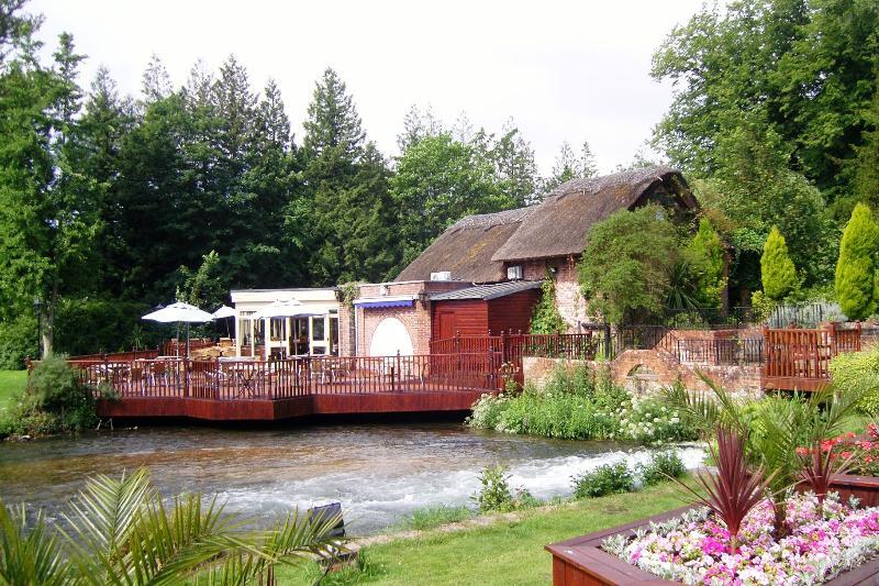 Riverbar Restaurant Newbury